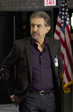CriminalMinds_yr7_#157(7-19)_us250_1015.jpg